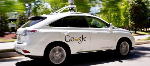 Serviço de táxi autônomo do Google entra em operação